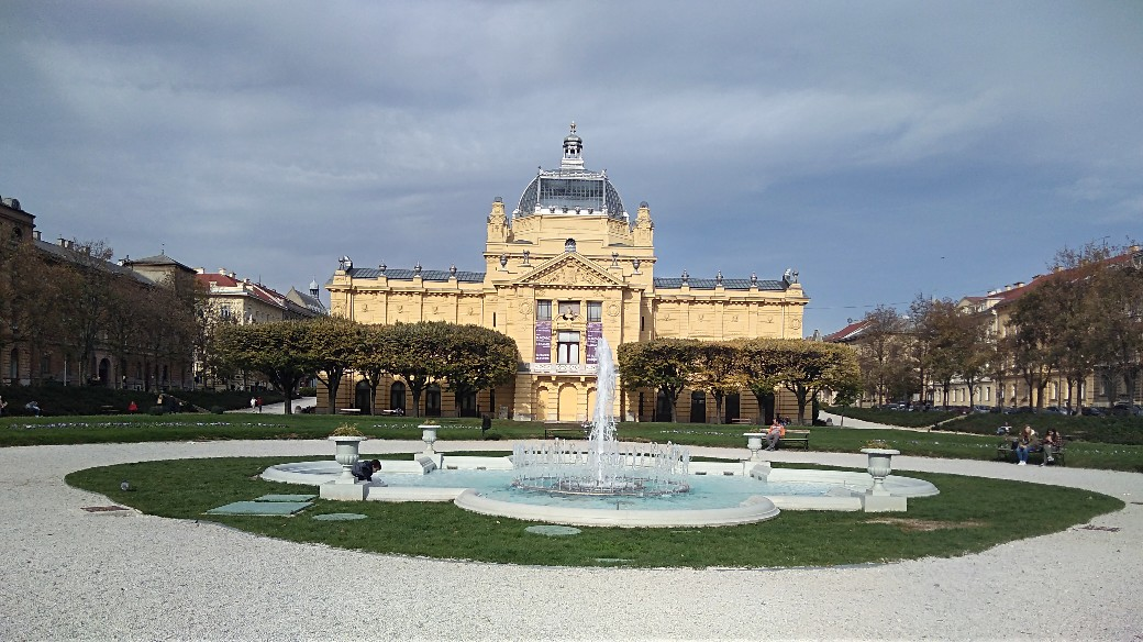 Zagreb 3 – city squares