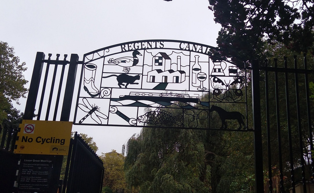 Camden Market – Regents Canal Towpath – London Zoo