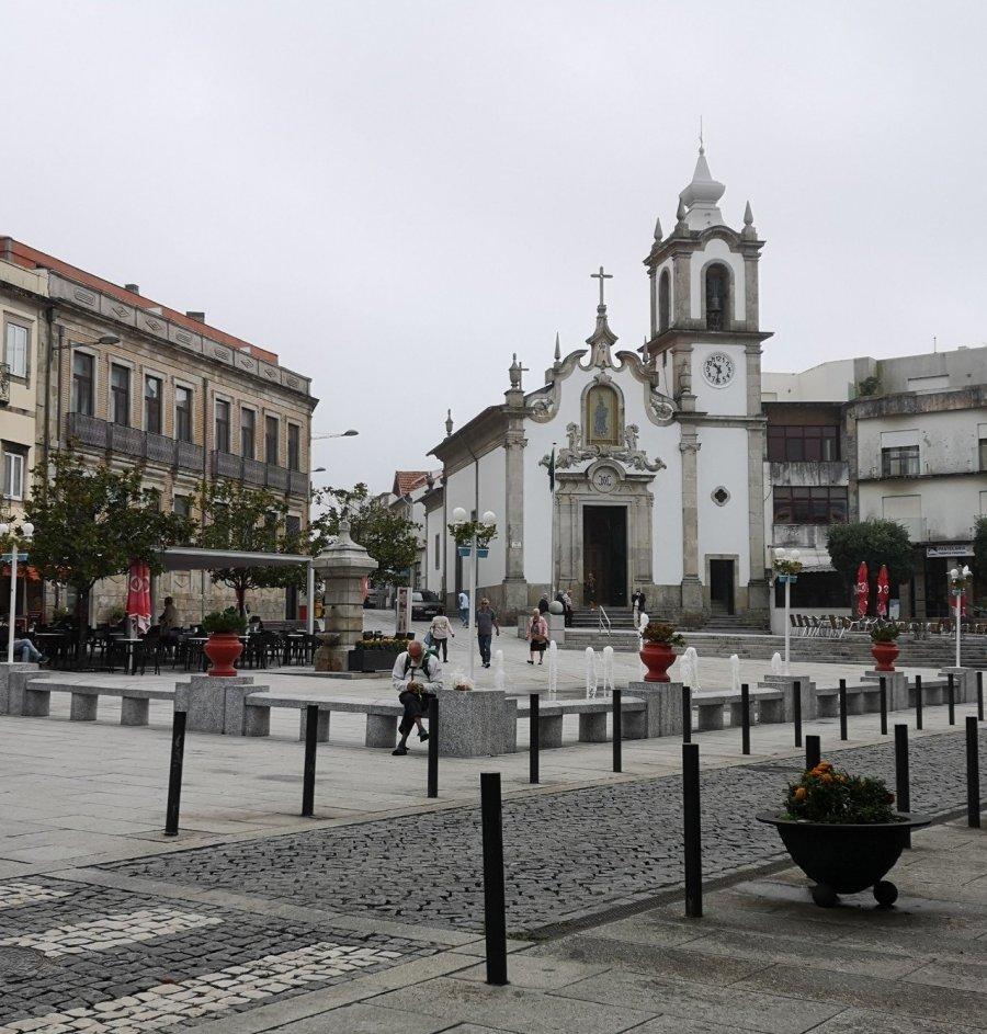 Town square architecture