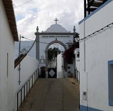 web link church entrance Casela Velha
